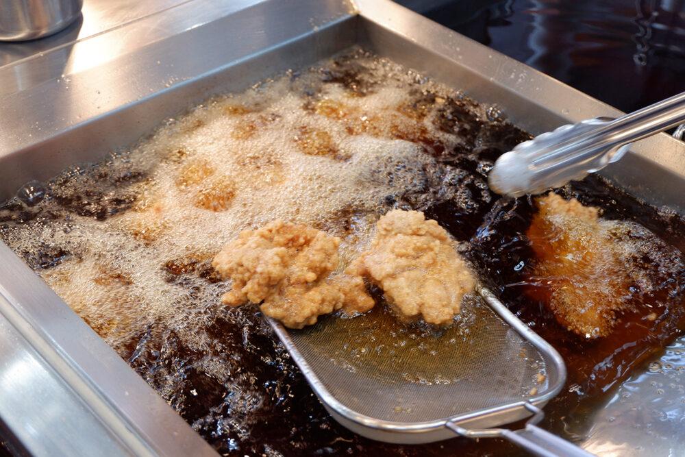 東京都足立区|とりサブロー|7つの味を楽しめる!トレンドのジャンボ唐揚げ